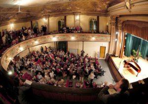 Dona anche tu per il Teatro Greppi Bergamo